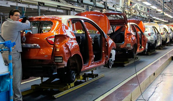 Renault propone aumentar la jornada y ligar retribuci�n a objetivos para optar al nuevo modelo