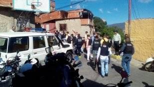 Reportan enfrentamiento entre polic�as y antisociales en Cota 905