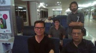 Cuatro periodistas peruanos permanecen retenidos en el aeropuerto de Caracas