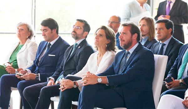Ribera reitera en que el Gobierno trabaja para que la planta de Vestas se pueda