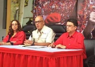 Rodr�guez: Ministros tienen dos d�as para definir destino de directivos firmantes