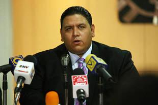 Rector venezolano dice que CNE debe convocar elecciones regionales este a�o