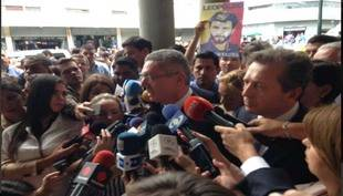 Ruiz Gallardón afirma que a Leopoldo López se le niega derechos de defensa