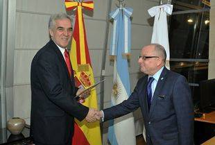 El flamante embajador español Javier Santodomingo Núñez ya se encuentra en Argentina