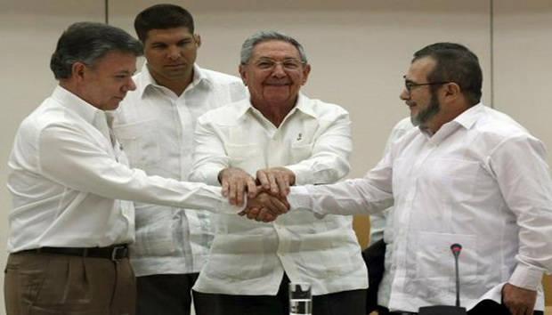 Gobierno y FARC cierran punto de víctimas y este martes anunciarán el acuerdo