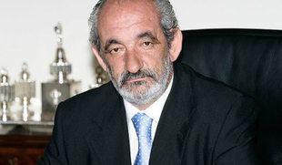 El juez archiva por prescripción la denuncia contra trece exconsejeros de Caja España por préstamos a Santos Llamas
