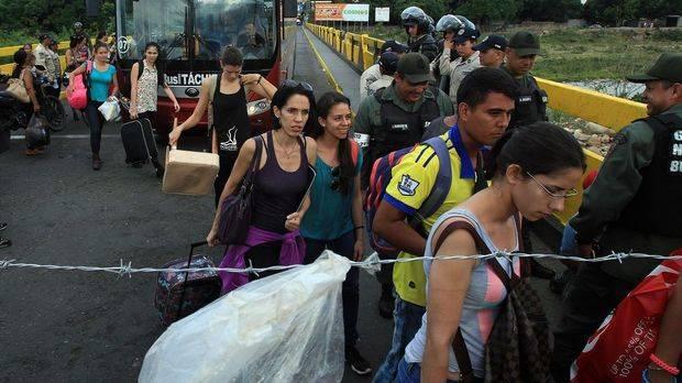 ONG cifra en 24.292 los colombianos retornados por la crisis con Venezuela