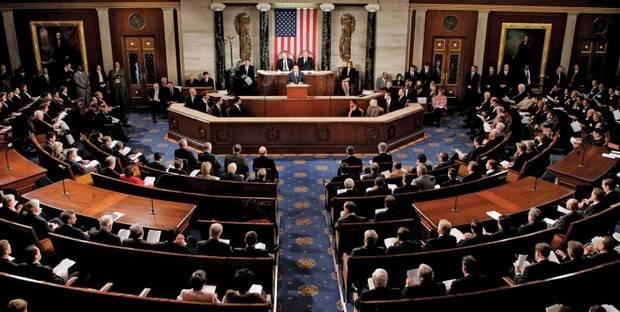 Senadores de EE.UU. impulsan resolución en apoyo al revocatorio en Venezuela