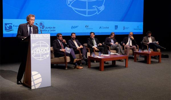 De Santiago-Juárez pide reformar la Constitución para solucionar la
