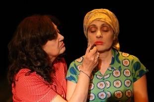 Se estrena Las dos en punto, historia de dos gallegas perseguidas por el franquismo