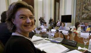 Tejerina anuncia nuevos préstamos contra la sequía y el adelanto de las ayudas de la PAC