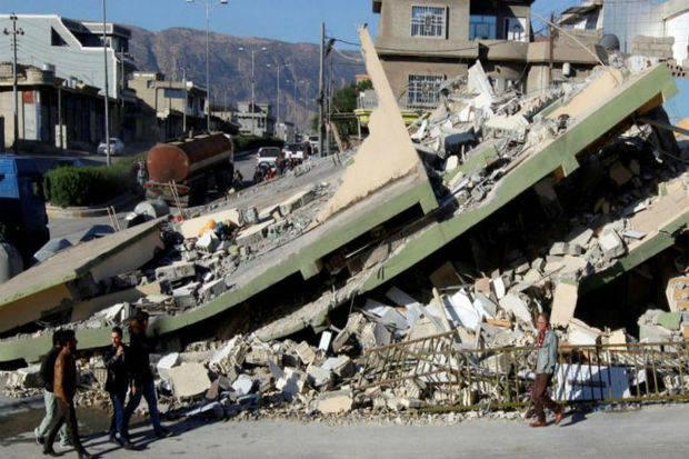 Aumentan a 530 los fallecidos en el terremoto de Irán