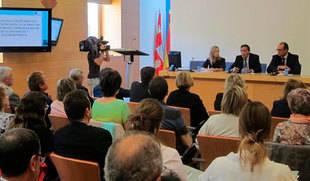 Pediatras y enfermeros de Castilla y Le�n disponen desde este martes de un protocolo propio para detectar casos de malos tratos en menores