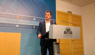 Tudanca anuncia una iniciativa en las Cortes para que Ulibarri 'salga de una televisión financiada con fondos públicos'