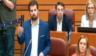 El PSOE abandona el Hemiciclo tras una insinuación del PP sobre el Mayor Trapero y Puigdemont