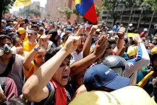 Hay 14 detenidos en el Helicoide por protestas de este #4Abr, según Foro Penal