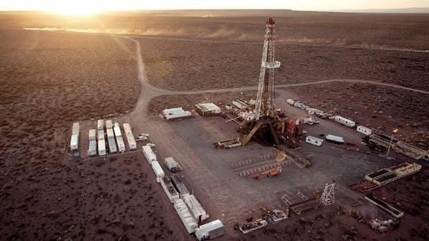 YPF, Total, Pan American y Wintershall acordaron invertir para producir gas en Vaca Muerta