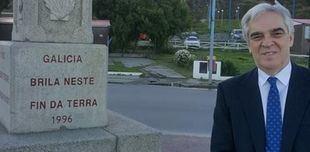 El Embajador visitó el Cruceiro gallego emplazado en la ciudad de Ushuaia