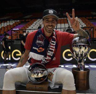 Vildoza campeón con Baskonia y MVP de la final