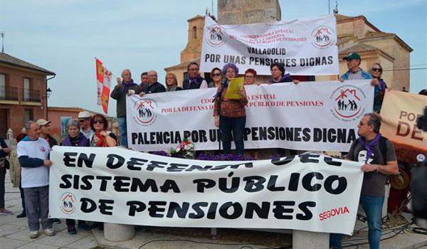 Miles de 'comuneros' reivindican en Villalar una Castilla y León mejor