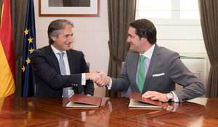 Junta y Ministerio de Fomento firman la prórroga del Plan de Vivienda con una financiación conjunta de 24 millones