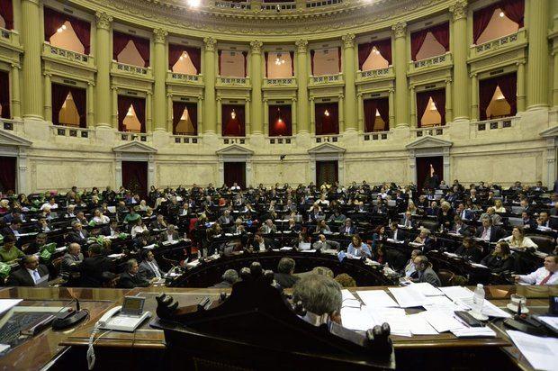 En una sesión histórica la Cámara de Diputados aprobó la despenalización del aborto