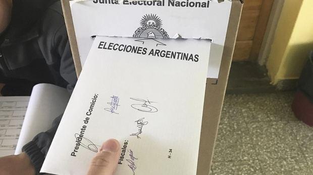 Los argentinos ya votan con total normalidad en una elección clave para el futuro del país