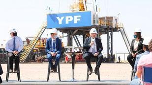 Alberto Fernández pondrá foco en 'reconstruir YPF'
