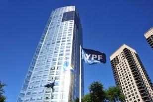 YPF y PAE extrajeron el 63% del crudo en el primer semestre