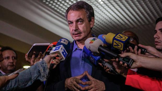 Zapatero afirma que se impulsó el diálogo nacional en su reunión con Maduro